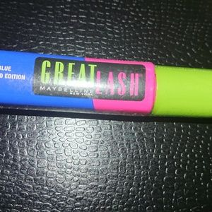 Maybelline limited edition I see blue mascara